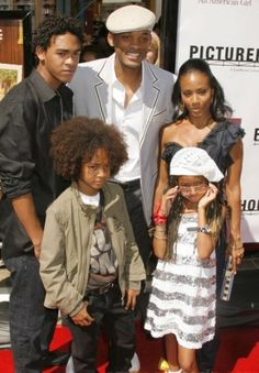 """Jada Pinkett-Smith Thankfully I heard hear talk about her """"bonus son"""" and his mom early in my relationship with my husband and """"bonus kids""""! Willow Smith, Jada Pinkett Smith, Jaden Smith, Will Smith And Family, Rapper, Family Lineage, Influential People, Child Actors, Family Affair"""