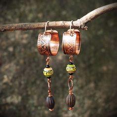 Tribal eco boho hoop earrings with Peruvian bead / by ViolinDesign
