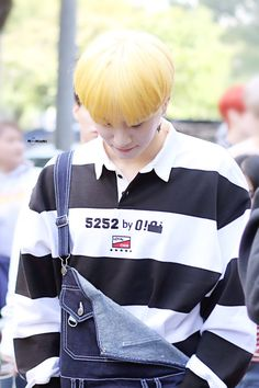 171017 Kim Yugyeom on the way to KBS Open Concert cr: Youngjae, Yugeom Got7, Got7 Yugyeom, Jinyoung, Young And Rich, Love My Man, Mark Jackson, Yellow Hair, My King
