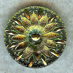 Czech Glass Button Daisy Flower BK702 by wildtazz on Etsy