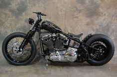Softail Bobber, Sportster Chopper, Harley Bobber, Custom Motorcycles, Cars And Motorcycles, Bike Ideas, Motorcycle Style, Harley Davidson Bikes, Bobbers