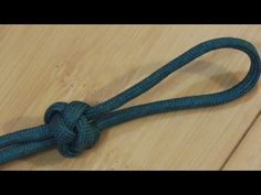 How To Tie A Decorative Paracord Diamond Knot/Knife Lanyard Knot - YouTube