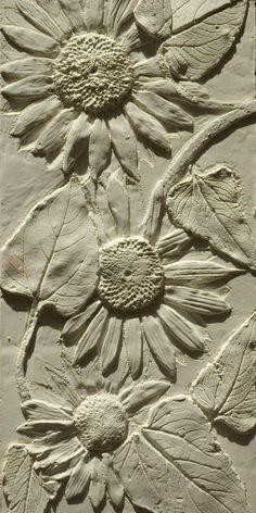 Sunflower Coving - susan faux plaster reliefs - Diy Wallart Plus Plaster Sculpture, Sculpture Clay, Wall Sculptures, Plaster Crafts, Plaster Art, 3d Studio, Clay Tiles, Deco Floral, Slab Pottery