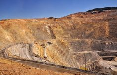Rio Tinto Kennecott Copper Mine is one of the largest open mine pits in the world, and you can visit at the brand new Visitor Center. Then And Now Photos, Utah Vacation, Utah Adventures, Salt Lake City, Park City, Worlds Largest, Places To See, Scenery, Copper