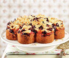 Streuselkuchen sind sehr beliebt! Chef Recipes, Banana Bread, Muffin, Breakfast, Desserts, Food, Chefs, Beauty, Almonds
