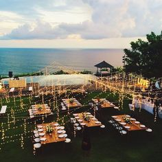Cool 37 Amazing Wedding Decor Inspiration For Outdoor Party. More at homishome.c… Cool 37 Amazing Wedding Decor Inspiration For Outdoor Bali Wedding, Destination Wedding, Dream Wedding, Wedding Day, Party Wedding, Trendy Wedding, Wedding Tips, Diy Wedding, Wedding Favors