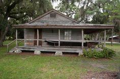 Florida Cracker House @ Fort Christmas A wrap around porch or loggia was key ...