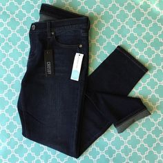 """Crosby Stitch Fix NWT Skinny Ankle Jean super comfy and soft - NWT 'Farah' skinny ankle jeans from premium boutique denim brand Crosby for Stitch Fix. 98.5% cotton 1.5% Lycra. waist is 15.75"""" flat, front rise is 8.25"""", inseam is 28.5"""". size 30. these are new with tags - never worn. Stitch Fix Jeans Ankle & Cropped"""