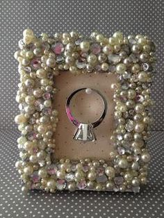 DIY Picture Frames : DIY Picture Frame Ring Holder