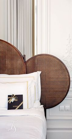 Hotel decor is always an impeccable inspiration to any home interior project. Ge… Hotel decor is always an impeccable inspiration to any home interior project. Get to know how this lighting hospitality projects are something to get a peak at! Bed Furniture, Furniture Design, Luxury Furniture, Furniture Ideas, Outdoor Furniture, Home Bedroom, Bedroom Decor, Travel Bedroom, Bedroom Sets
