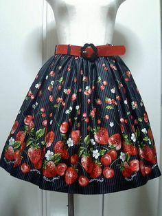 Metamorphose temps de fille BERRY STRIPE ベルト付スカート