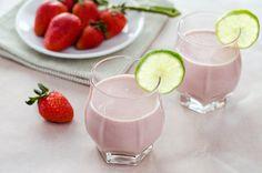 Paleo Strawberry Coconut Smoothie #CookEatPaleo