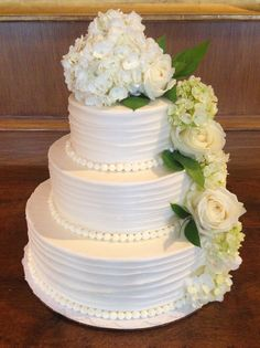 Simple & Elegant Wedding Cake w/ flowers