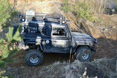 Организаторский Land Rover Defender 90, на разведке маршрута «Карьер-пати 2014»