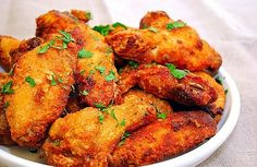 Lemon pepper chicken wings OR tenders. There are 5 various recipes/methods to make the wings. Healthy Meals For Kids, Healthy Recipes, Citrus Recipes, Healthy Foods, Easy Recipes, Healthy Life, Carne, Lemon Pepper Chicken Wings, Good Food