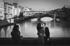 Engagement in Florence. A lovely couple and an old style reportage. Only black and white photos, Florence and a lot of emotions.  #street #engagement #Florence #italy #gettingengaged