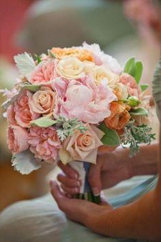#Wedding #WeddingIdeas #WeddingBouquet #Bouquet #WeddingFlowers