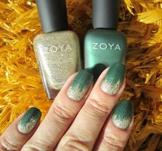 Concrete and Nail Polish: Glamorous Glitter Gradient With Zoya