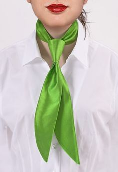 Corbata mujer Limoges verde seda http://www.corbata.org/corbata-mujer-limoges-verde-seda-p-14238.html