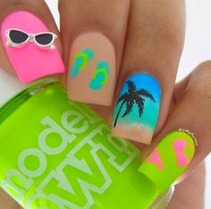 16 Tropical Nail Designs That Will Have You Dreaming Of A Beach Vacation