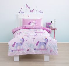 Cute, cute, cute! Magical Unicorn Toddler Cot Bed Duvet Bedding Set - Shop now! Play Learn Grow