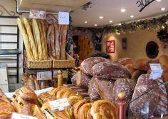 Brunch in Montmartre at Le Coquelicot - 24 Rue des Abbesses  Paris 18e   01 46 06 18 77 Metro: Abbesses or Pigalle
