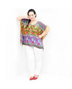 #Blusa Kaftan Franja Alegria Blusa #PlusSize estilo kaftan com franjas em toda a lateral com estampada alegre em diversas cores. Composição Têxtil 100% #Viscose  #tunicaplussize #plussize