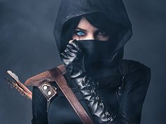 Assassins Creed, Dark Assassin, or other darker cosplay - can be male or female Moda Cyberpunk, Cyberpunk Fashion, Steampunk Fashion, Gothic Fashion, Myra Ruiz, Oc Manga, Chica Cool, Post Apocalyptic Fashion, Background Images Wallpapers