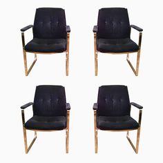 Blaue Samt Sessel von Miller Borgsen für Röder & Söhne, 1970er, 4er Se... Jetzt bestellen unter: https://moebel.ladendirekt.de/kueche-und-esszimmer/stuehle-und-hocker/esszimmerstuehle/?uid=dd2bc4b4-9b15-5486-ac2b-4d9358d2c9a8&utm_source=pinterest&utm_medium=pin&utm_campaign=boards #kueche #sets #esszimmerstuehle #esszimmer #hocker #stuehle Bild Quelle: pamono.com
