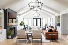 Living Room With Fireplace, Living Room Sofa, Living Rooms, Black Fireplace, Fireplace Ideas, Living Spaces, Farmhouse Family Rooms, New England Farmhouse, Farmhouse Remodel