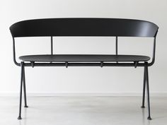 OFFICINA | Multi-layer wood bench Officina Collection By Magis design Ronan & Erwan Bouroullec