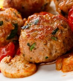 Southwestern_Mini_Turkey_Meatballs from our friends the Nutrition Twins! Atkins Recipes, Cooking Recipes, Healthy Recipes, Slow Cooker Turkey Meatballs, Cocina Light, Good Food, Yummy Food, Healthy Appetizers, Turkey Recipes