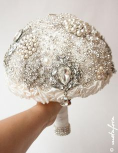 This brooch bouquet has been sold, however, I will be delighted to create another one like it or in your own color scheme - Just send me a message with your requirements.This piece can be made in any of the sizes I offer: Large (21 cm) or small (17 cm). This size bouquet is large and it measures approximately 21 cm in diameter.I need 6-8 weeks to make unique bouquet specially for you! If you want exclusive brooches for your bouquet I need more time.Shipping time is about 4-6 weeks. But...