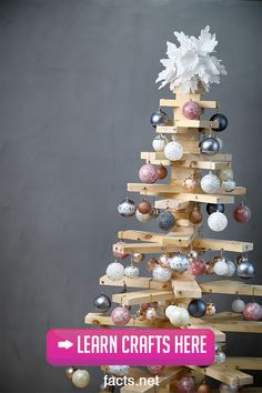 Do you want to re-vamp your Christmas decoration this year? Check out these DIY holiday crafts that you can create and enjoy during this holiday season! Christmas Truce, Christmas Trivia, Grinch Stole Christmas, Twelve Days Of Christmas, A Christmas Story, Christmas Carol, First Christmas, White Christmas, Christmas Facts