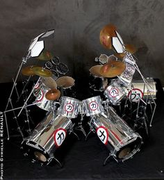 Eric Carr's Crazy Nights scale model drum kit