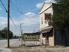 Haunted Chet's Melody Lounge, location that Resurrection Mary has been seen running in to from the roadside.