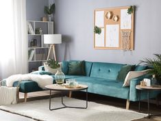 These 4 Living Room Trends for 2019 – Modells. Chevron, Living Room Trends, Living Spaces, Sofa Bed Green, Velvet Corner Sofa, Style Simple, Style Retro, Colorful Chairs, Furniture Arrangement