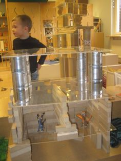 """Working together with the wooden blocks, the children have created beautiful homes, castles, caves and cities using recycled cans and plexi glass for their structures"" - Bäckens Teknikresa ≈≈ http://www.pinterest.com/kinderooacademy/construction-play/"