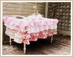 I want to make a ruffled tablecloth so bad