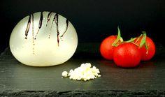 Mozzarella balloon recipe with olive oil powder / molecular gastronomy