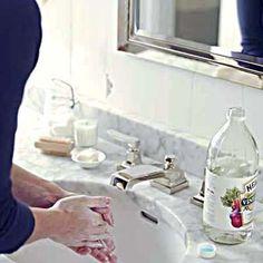 Photo: Wendell T. Webber   thisoldhouse.com   from 10 Uses for Vinegar