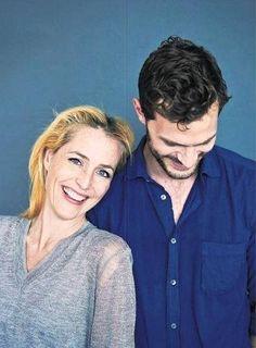 Jamie y Gillian Anderson en 'The Daily Telegraph'.
