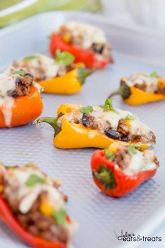 Sweet Pepper Poppers ~ Perfect Small Bite Appetizer for Your Next Party! Only 7 ingredients and 30 Minutes! ~ http://www.julieseatsandtreats.com