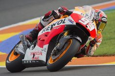 Marc Marquez of Spain and Repsol Honda Team.rounds the bend during the qualifying practice during the MotoGP of Valencia - Qualifying at Ricardo Tormo Circuit on November 8, 2014 in Valencia, Spain.