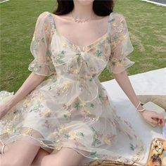 Cute Casual Outfits, Pretty Outfits, Pretty Dresses, Beautiful Dresses, Dress Casual, Aesthetic Fashion, Look Fashion, Aesthetic Clothes, Teen Fashion