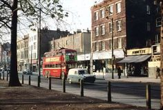 Who remembers the trolley bus, Shepherds Bush Green 1960s. #oldlondon.
