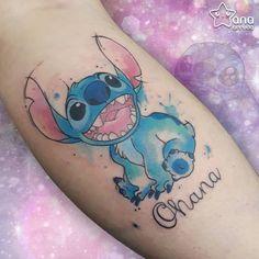 Tattoo created by Ana Boueri (anaboueri.tattoo) from Piracicaba. Girly Tattoos, Disney Tattoos, Disney Sleeve Tattoos, Cool Tattoos For Girls, Skull Tattoos, Body Art Tattoos, Tatoos, Comic Tattoo, Tattoo On