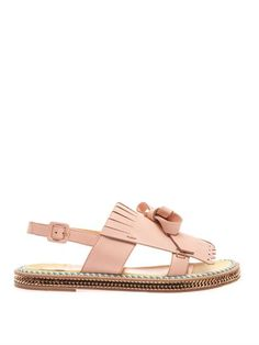 Love that Laboutin is currently obsessed with flats.  These are adorable.  Need to find an affordable alternative!