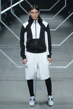 Seoul Fashion, Tokyo Fashion, Dope Fashion, Fashion Week, Streetwear Jackets, Fashion Design Template, Space Fashion, Mens Tights, Young T
