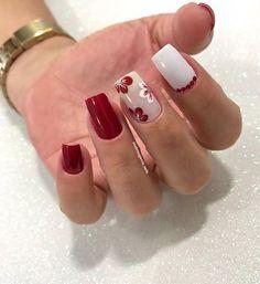 Unhas unhas decoradas unhas decoradas delicadas unhas decoradas p Trendy Nail Art, New Nail Art, Stylish Nails, Fancy Nails, Cute Nails, Pretty Nails, Red Acrylic Nails, Red Nails, Nailart